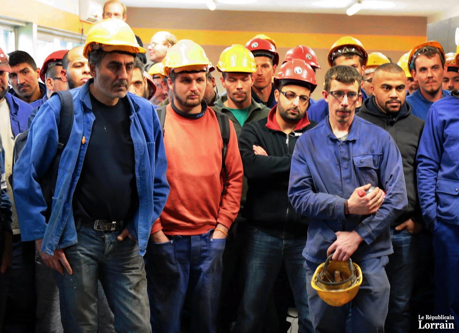 reunion-employes-de-secofab-preparation-audience-commerciale-tribunal-strasbourg
